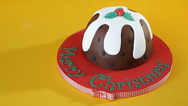 Christmas Piñata Pudding Cake Recipe