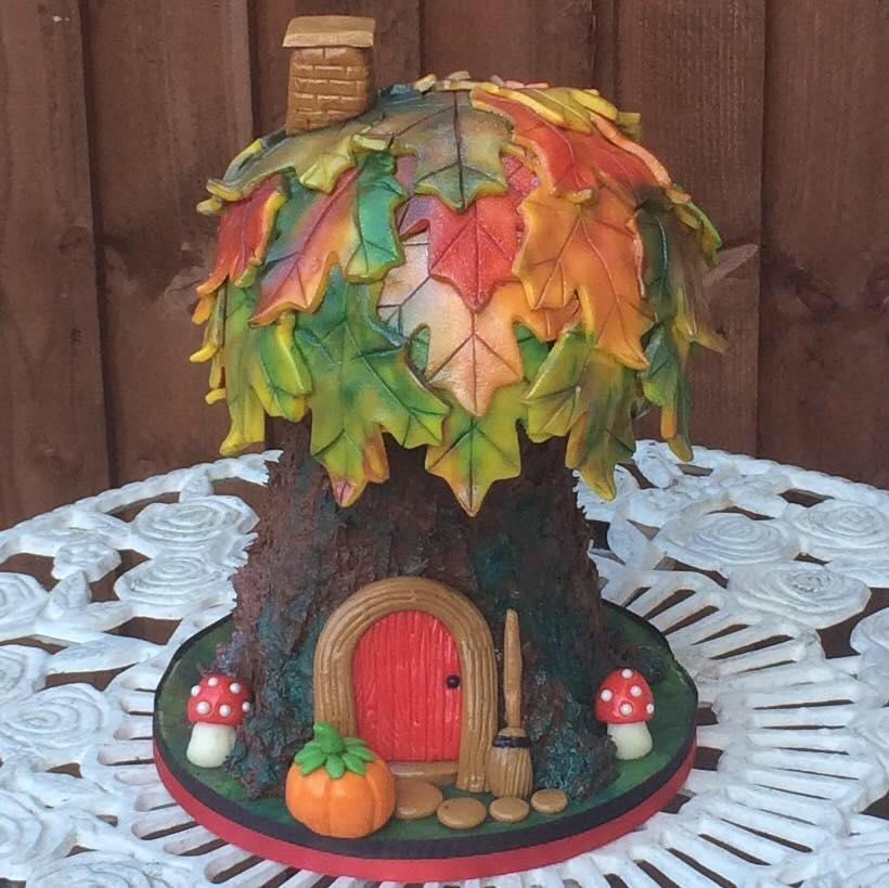 Autumnal Tree House Cake