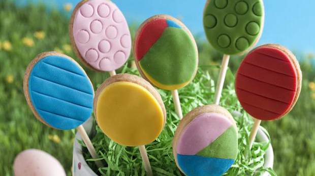 Easter Egg Biscuit Pops Recipe