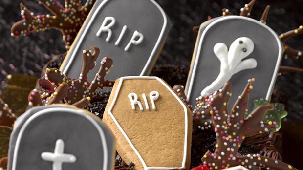 Halloween Chocolate Tray Bake Recipe