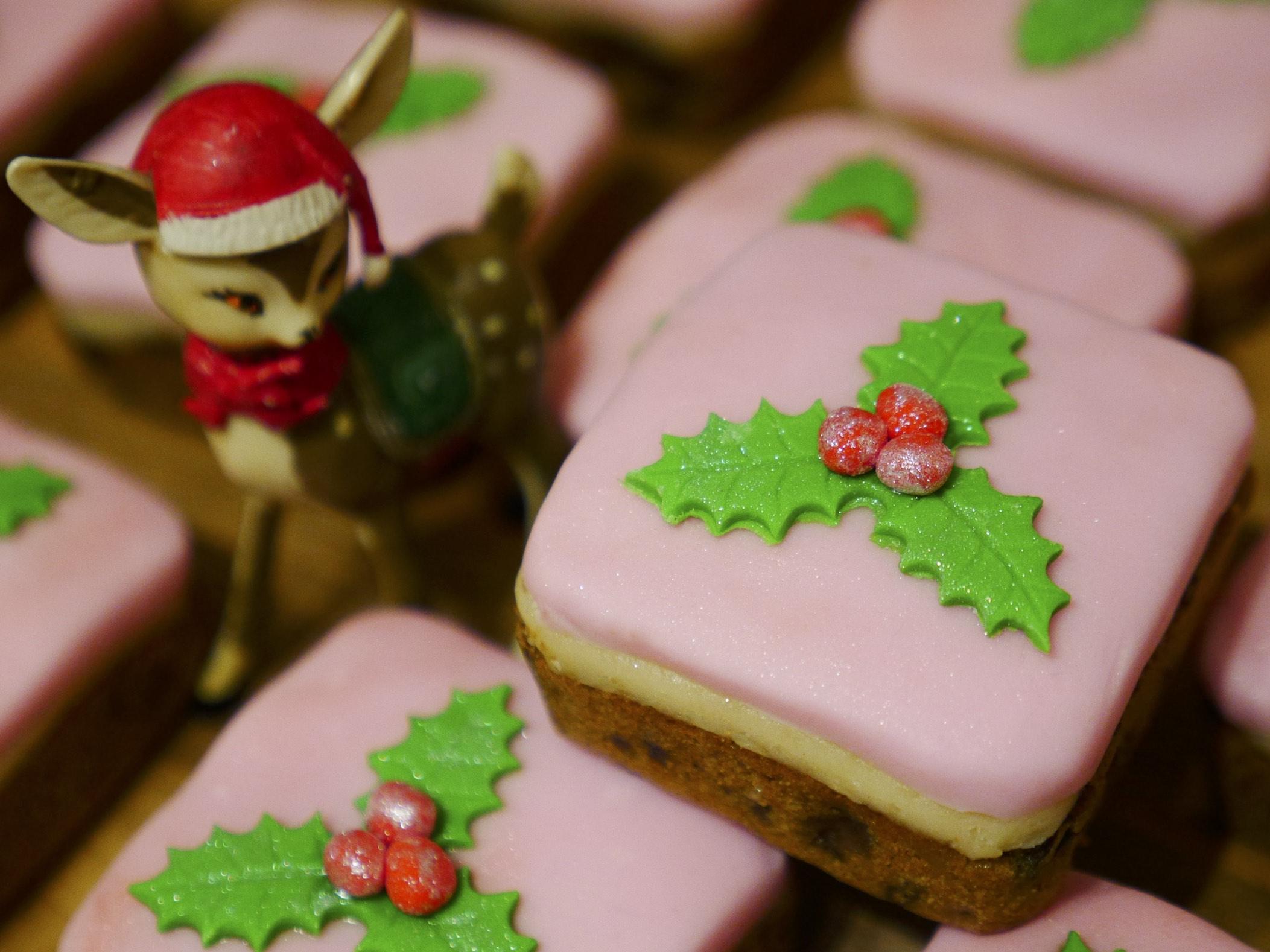 Cherry Brandy Mini Christmas Cakes