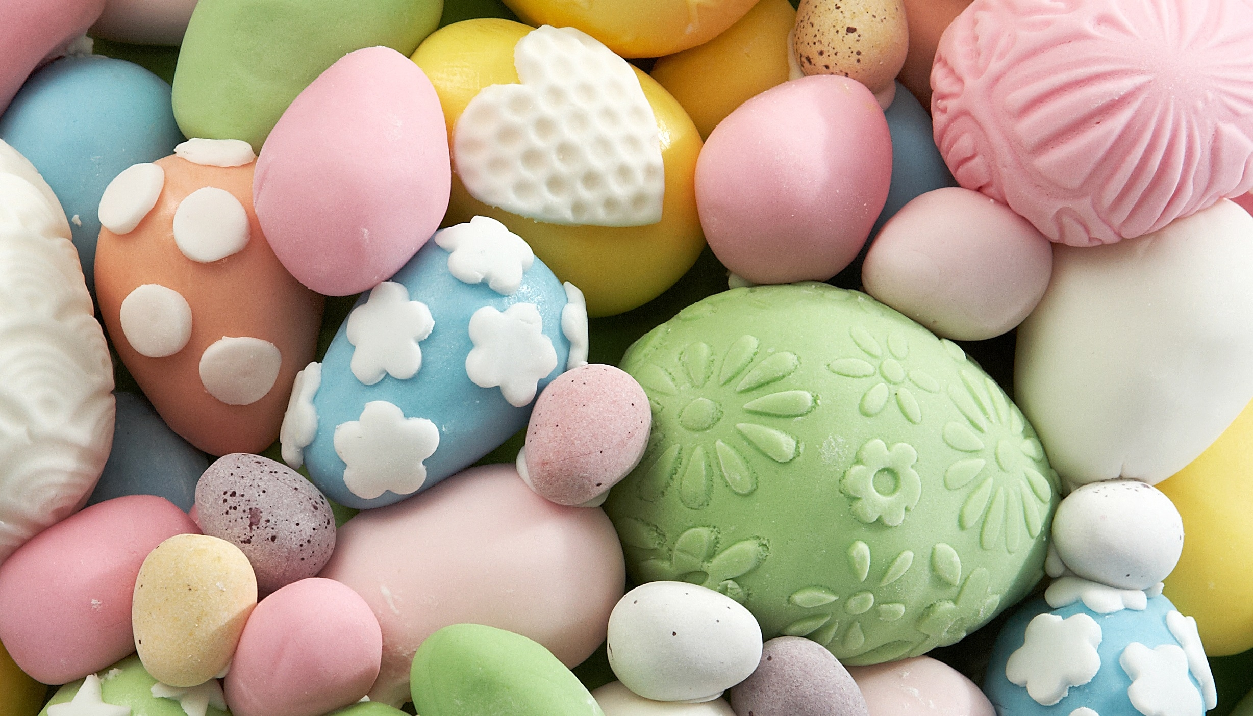 How to make Textured Easter Eggs