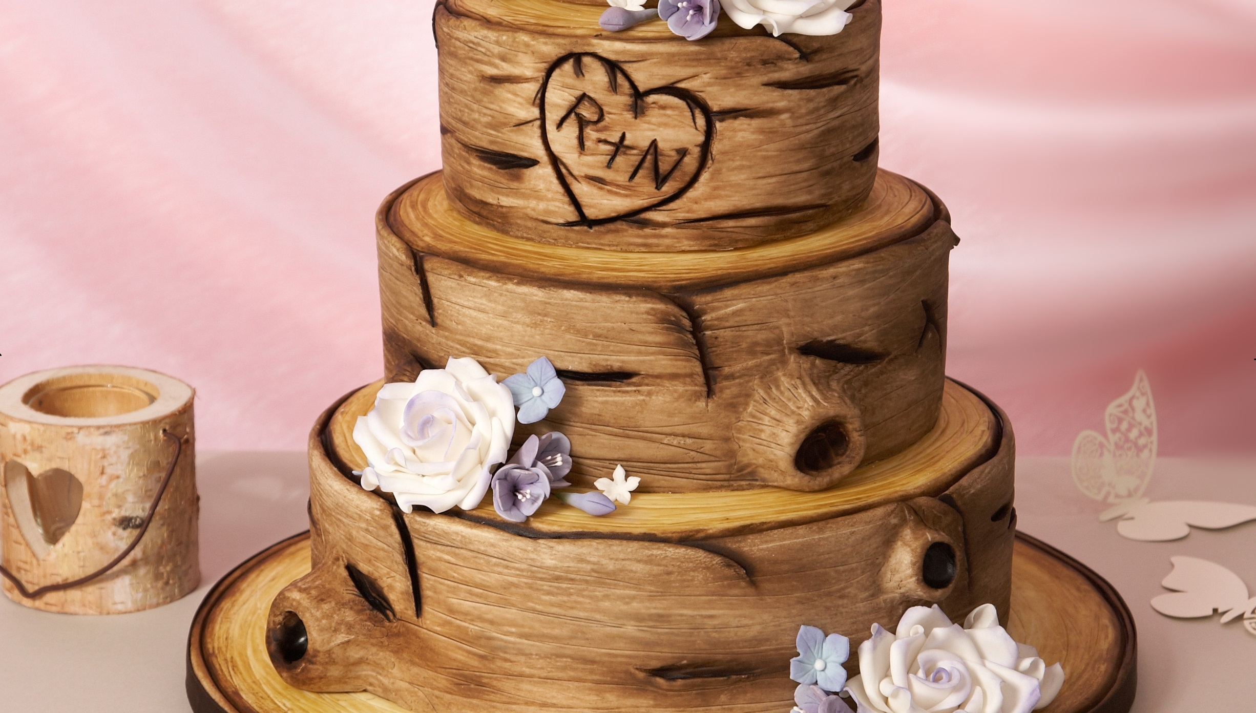 How To Decorate A Tree Bark Style Cake