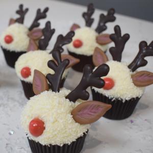 Reindeer in a Snowdrift Cupcakes