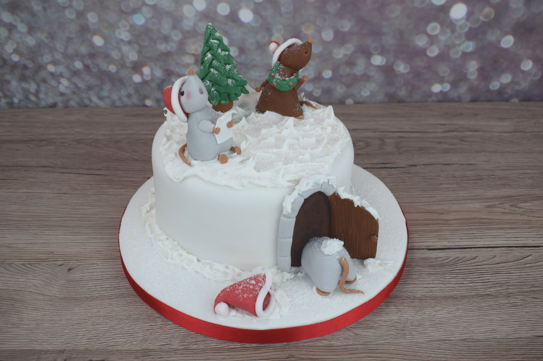 Singing Christmas Mouse Cake